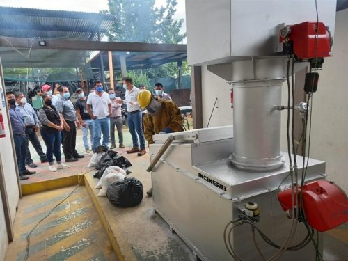 Autoridades municipales de la cuenca visitan planta incineradora de residuos sólidos