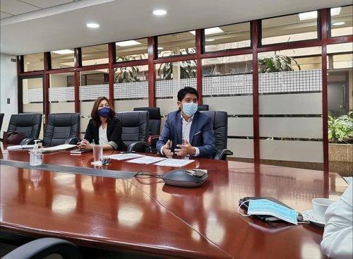 Director Ejecutivo de la AMSCLAE sostiene reunión de trabajo con Ministro de Finanzas