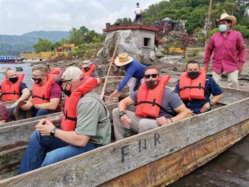 Comisión de vicepresidencia realiza gira de trabajo en Santiago Atitlán